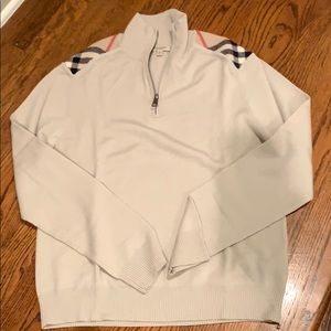 Burberry sweater, M